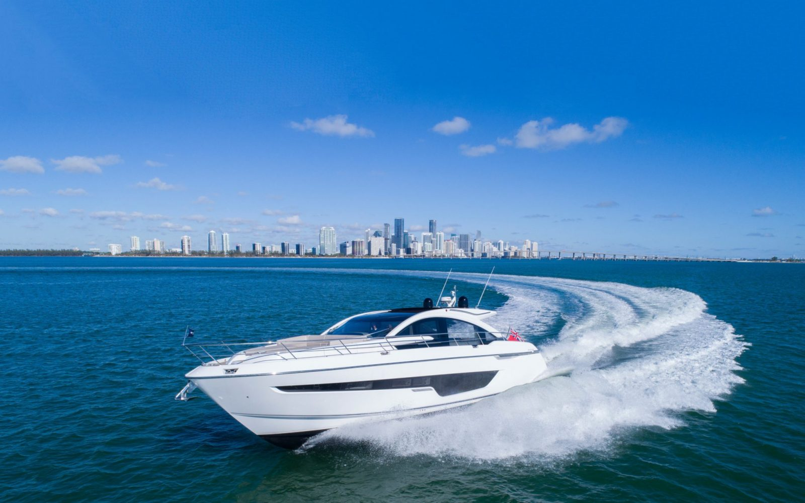 4000L_targa-63-gto-bow-miami-3000x1875 | FAIRLINE  YACHTS