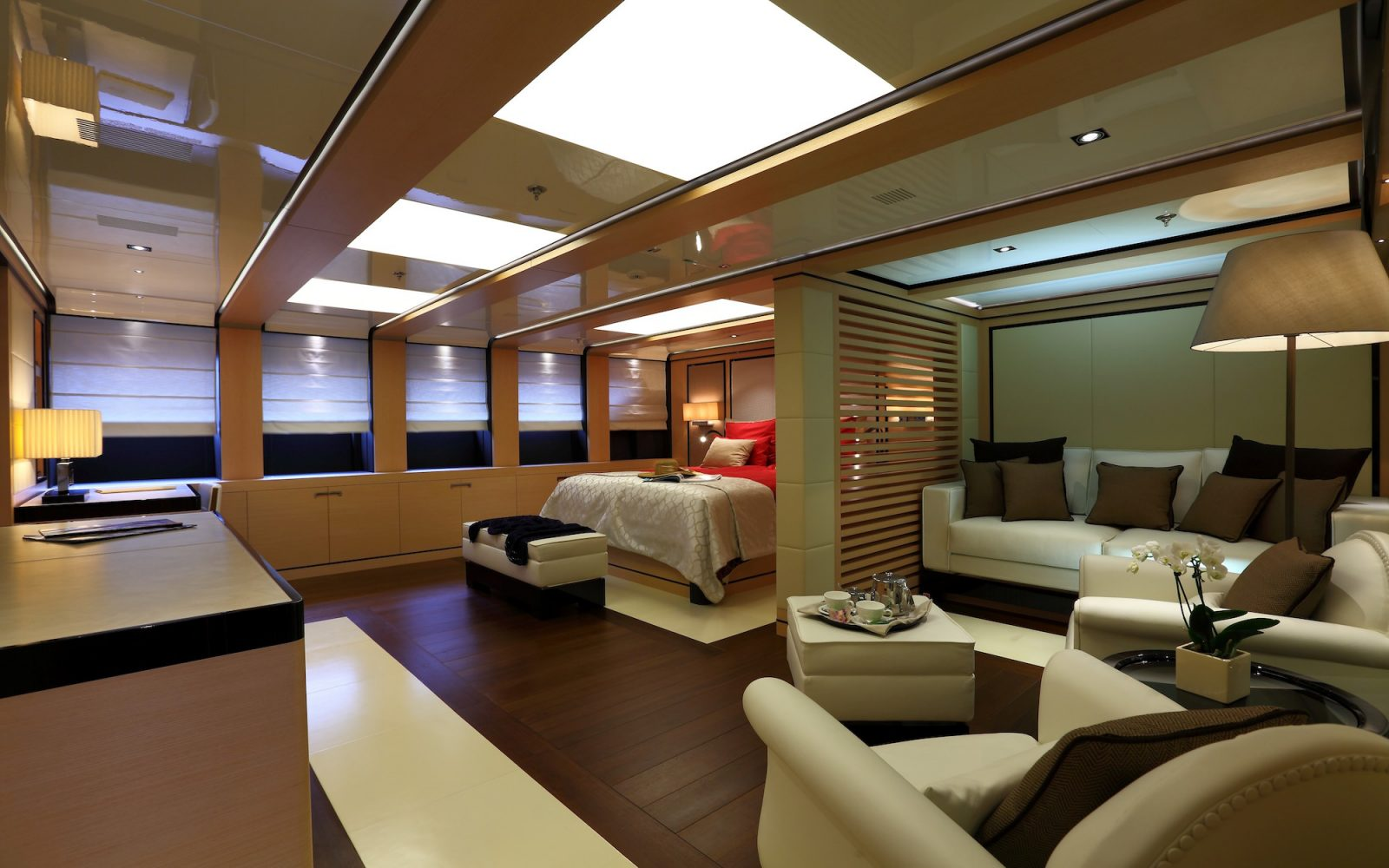 2 LADIES master stateroom | 2 LADIES