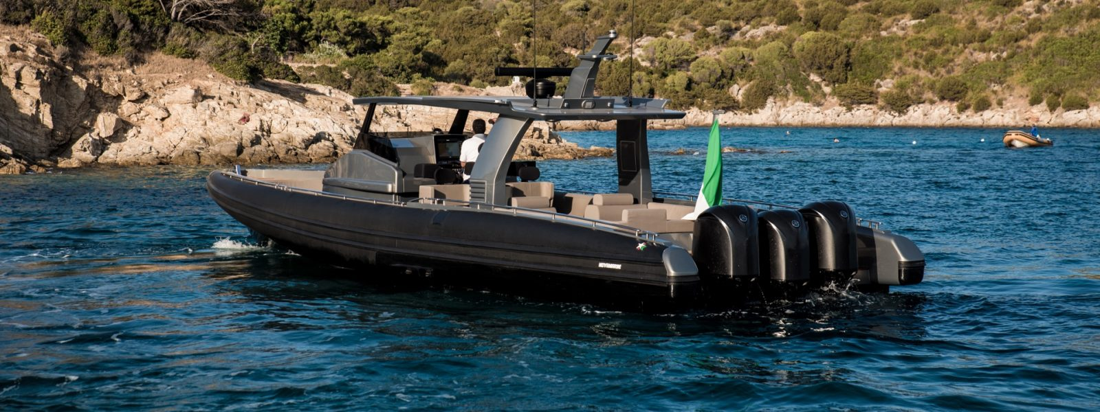 Luxury yacht for Sale | Black Shiver 140 (2015) by Novamarine