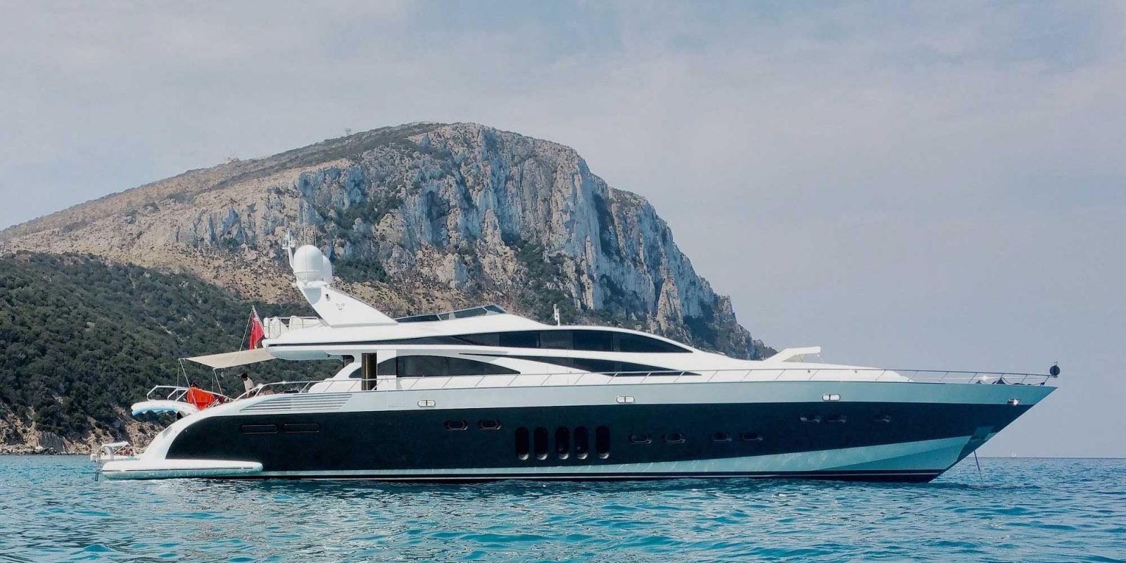 Luxury yacht for Sale | LIS by Leopard - Italyachts