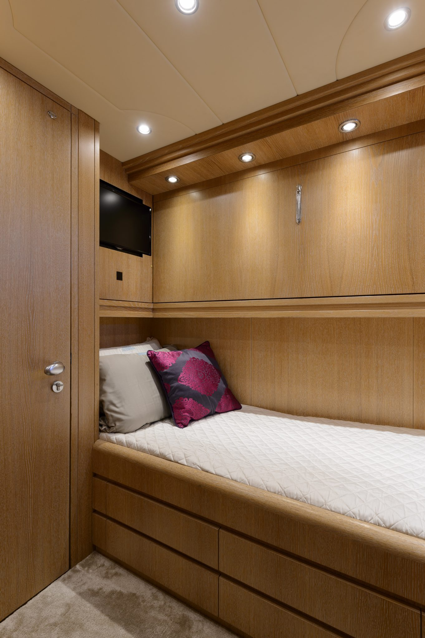 Single cabin with additional Pullman bed | AMAYA